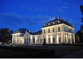 Pałac w Sieniawie z XVIIIw.